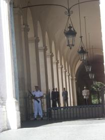 Il Corazziere a guardia del Palazzo