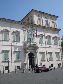 L'ingresso al Palazzo
